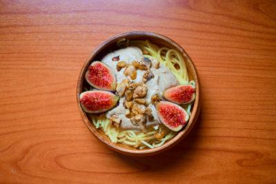 Espaguetis con salsa de tofu y setas